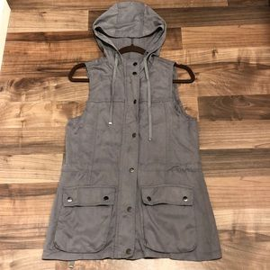 Love Crazy Grey Hooded Vest Zip-Up/Button-Up S